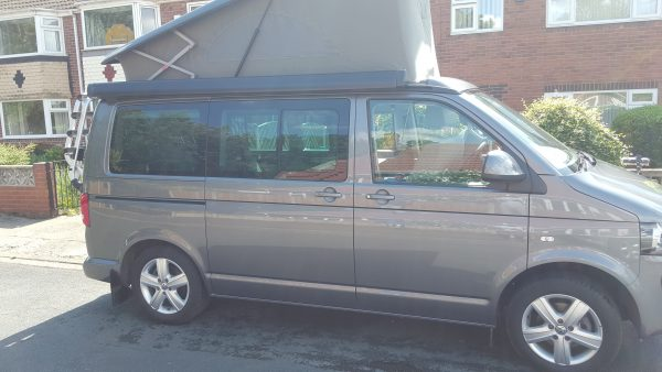 VW T5 California Beach TDI Bluemotion in Grey